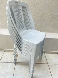 6 cadeiras de plástico Dolfin