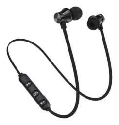 Vendo fones de ouvido Bluetooth NOVOS