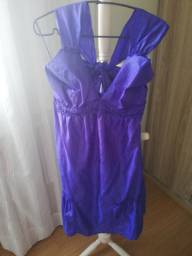 Vendo vestido! Da loja Shop 126. Nunca foi usado