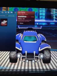Vendo [Octane Branco Titânio] no jogo Rocket League.