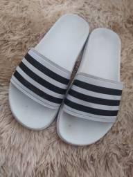 Sandália da adidas
