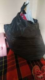 Vendo saco de roupa pra revender