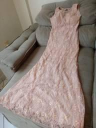 Vestido de festa com renda rosê bege