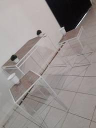Alugo mesas vazadas de ferro