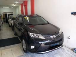Título do anúncio: Toyota Rav4 2014 4X4 + Gnv troco e financio aceito carro ou moto