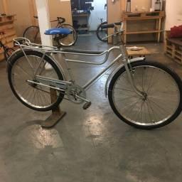 Bicicleta Caloi barra forte, ano 82