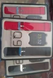 Smartwatch Q9 - Novos