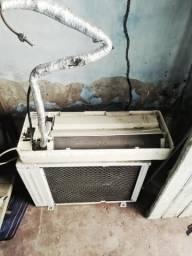 Ar-condicionado York 12mil BTU's