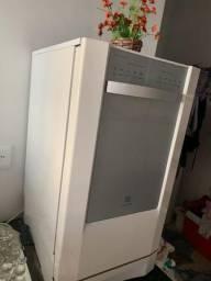 Lava louças semi nova Eletro Lux