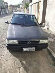 Vendo carro Fiat uno Mille sx 4 portas 1.0 preço de tabela Fipe 7,500 vendo por 6,500 - 1997