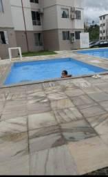 R$ 650 em cond fechado com piscina e segurança