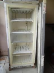 Freezer antigo, leia o anúncio!