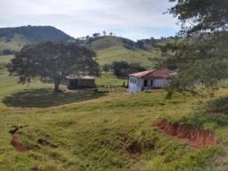 Fazenda 35 alqueires com casa centenária no Sul de Minas Gerais