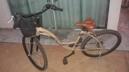 Bicicleta feminina mod retrô