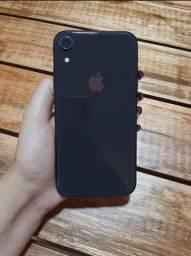 Vendo um iPhone XR black 256 g<br>