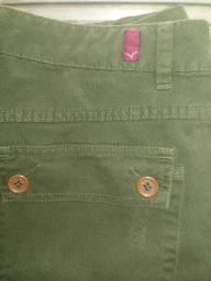 Três calças