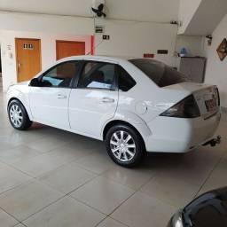 Fiesta Sedan SE 1.6 Flex Completo 2014