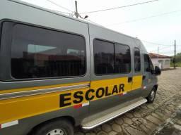 Fiat Ducato minibus teto alto
