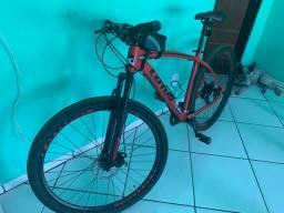 Vendo essa bike, semi nova