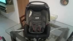 Bebê conforto Mania semi novo!!! Vem com manual!