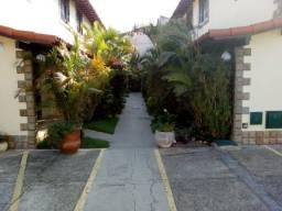 Casa em condomínio, 2 quartos - Jd. Flamboyant (CA033)