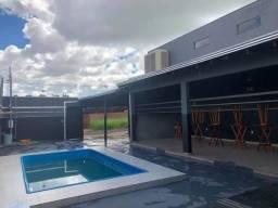 Casa com piscina para eventos e confraternização locação.