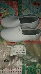 Sapato moov branco.