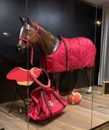 Cavalo de fibra de vidro