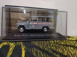 Miniatura rural Willys-radio patrulha PM Esc:1/43