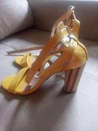 Sapatos Bem conservado
