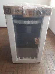 Fogão Electrolux 04 Bocas Prata Automático Com Forno de 70L