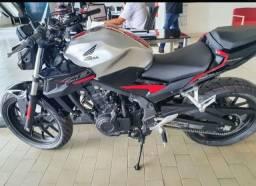 Motocicleta Honda CB 500F. Abs