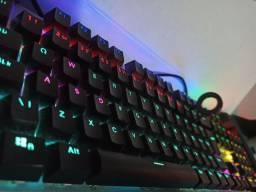 Teclado Gamer Mecânico RGB Profissional Philips