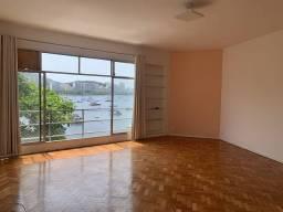 Título do anúncio: Apartmento com vista para o mar, e 3 quartos na Urca! 150m² na Avenida Portugal.