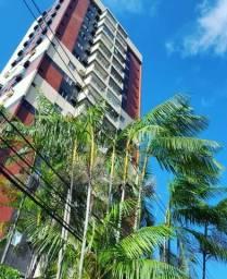 Edificio Las Palmas com 4Q/1 suíte 1 Vg com piscina no Umarizal