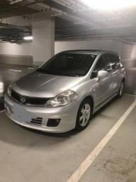 Nissan tida top de linha - muito novo