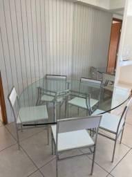 MESA DE JANTAR (Vidro temperado c/ seis cadeiras)
