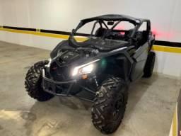 Maverick X3 XDS modelo 2018 Can-Am com carreta zera