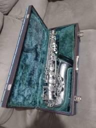 Saxofone Alto ? Lark
