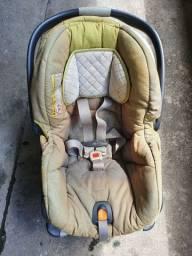Vendo Cadeira Chicco e Bebê Conforto