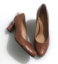 Sapato Nude Novo