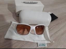 Óculos feminino Oakley Ravishing branco