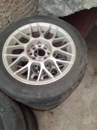 Rodas aro 15 multifuros com pneus meia vida 195/55