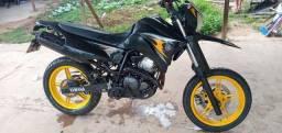 8.000,00 Moto Yamaha xtz 250 x 2009