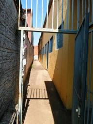 Casa 2/4, Rua Manuel Silva, Vila Regina