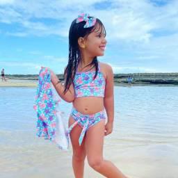 Moda Praia biquíni com kimono acompanha laço nosso Instagram @brunetkids