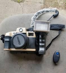 Câmera antiga olympia