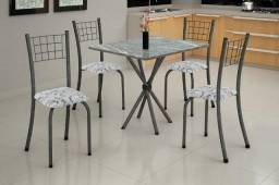 Conjunto Mesa Carol com 4 Cadeiras - Apenas R$399,00