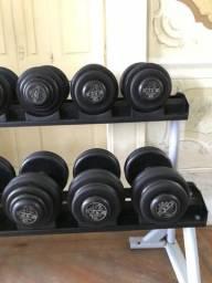 Oportunidade!!!! Dumbells 12 a 30kg + estante Fit work