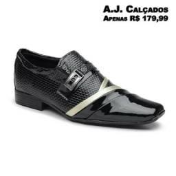 Sapato Masculino Verniz